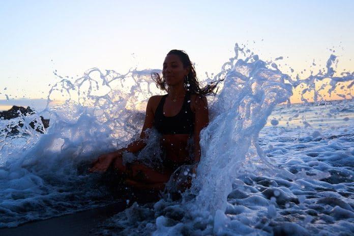 Медитация в море
