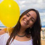 Девушка с воздушным шаром