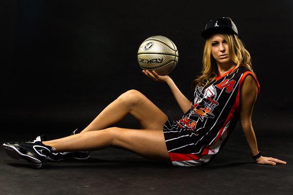 Девушка баскетболист
