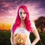 Леди с розовыми волосами