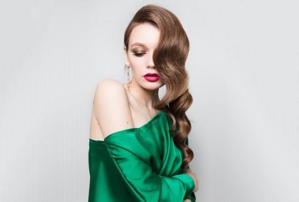 Леди в зеленом платье