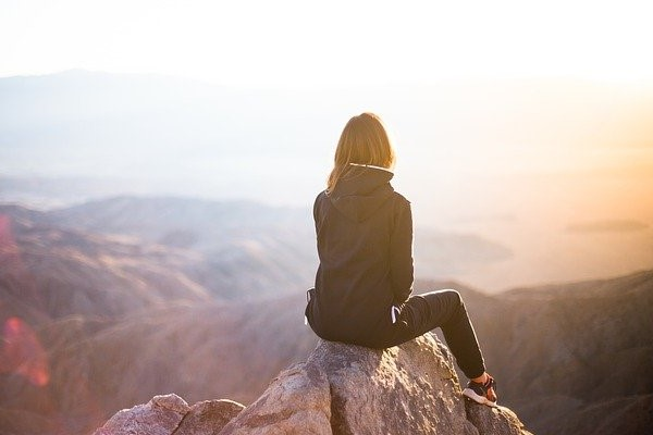 Рассвет на скале